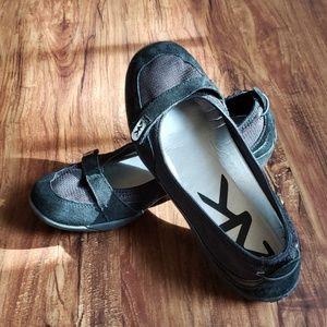 Black Anne Klein Sport Loafers, size 8.5
